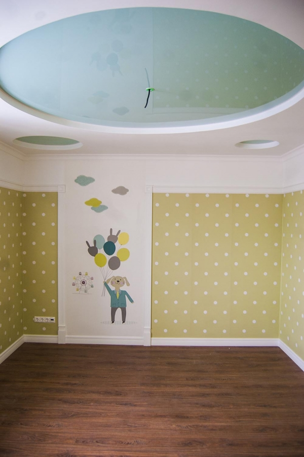 Room for a Kid: Wallpapers Against Painting!